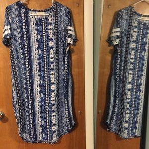 NWT Bobbie Brooks blue & white T-shirt dress
